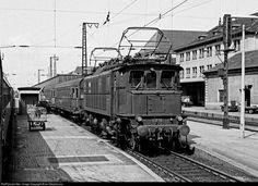 RailPictures.Net Photo: E17 13 Deutsche Bundesbahn BR E17 at Nuremberg, Germany…
