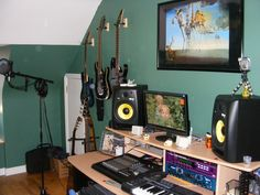 CREATE HOME STUDIO - Setting up a Home Recording Studio basics.