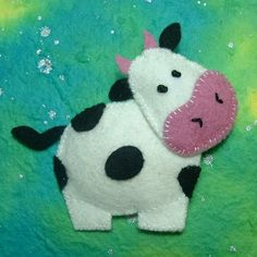 Madame Moo Felt Brooch on Folksy. Felt Christmas Ornaments, Christmas Crafts, Felt Decorations, Felt Brooch, Brooch Pin, Felt Fabric, Felt Diy, Felt Animals, Felt Farm Animals Pattern