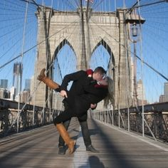 Iconic NYC landmarks makes for some great wedding and engagement photos.