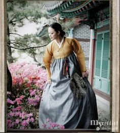Korean traditional dress (hanbok) by Soseono
