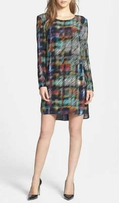 We love the print on this shift dress!