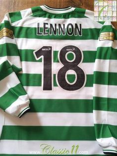 Relive Neil Lennon's 2001/2002 Scottish Premier League season with this original Umbro Celtic home long sleeve football shirt.