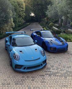 "The ""RS"" Brothers - Porsche / / Touring - Tolle Autos und Sportwagen Porsche Gt2 Rs, Porsche 911 Models, Porsche Sports Car, Porsche Cars, Supercars, Car Silhouette, Ferrari Fxx, Black Audi, Bentley Mulsanne"