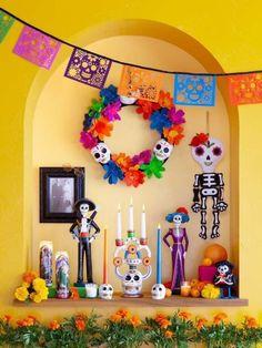 Ejemplos de altares de muertos ideales para espacios chicos Halloween 2019, Fall Halloween, Halloween Crafts, Halloween Party, Day Of The Dead Diy, Day Of The Dead Party, Upcycle Home, Adornos Halloween, All Souls Day