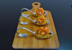 Präsentiere deinen Gästen den Apéro, das Amuse bouche oder die kleine Vorspeise doch mal auf imposanten Gourmetlöffeln. Mit den folgenden sieben Häppchen-Rezepten erklimmst du schon vor dem eigentlichen Essen den Koch-Olymp.
