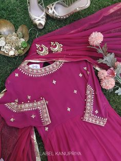 Party Wear Indian Dresses, Indian Bridal Outfits, Dress Indian Style, Indian Designer Outfits, Designer Dresses, Pakistani Dress Design, Pakistani Dresses, Anarkali Dress Pattern, Embroidery Suits Design