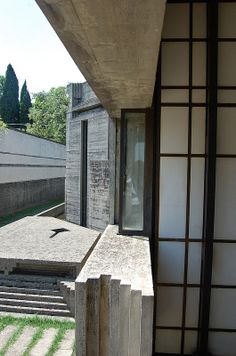 Tomba Brion Cemetery. San Vito d'Altivole, Italy. 1969-78. Carlo Scarpa. Photo by James Butler