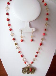collares cortos - Buscar con Google Pearl Necklace, Beaded Necklace, Diys, Bracelets, Necklaces, Pearls, Crafting, Jewelry, Google