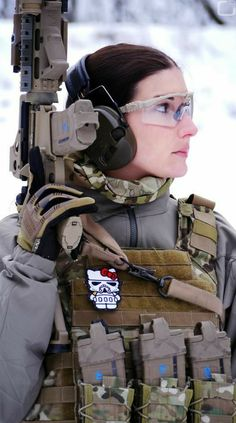 Female Airsofter, Why not have fun with the tactical side of prepping and even airsoft? female airsofters are better then most girls Fortes Fortuna Adiuvat, L Cosplay, By Any Means Necessary, Female Soldier, Military Women, Guns And Ammo, Tactical Gear, Armed Forces, Firearms