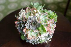 Intimate Sage + Purple Wedding in Virginia   Images by Aaron Varga Photography   Via Modernly Wed   15