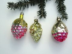 Christmas vintage ornaments, glass grapes xmas tree decorations were made in USSR in 1960s. Mercury glass ornaments are perfect for vintage Christmas. Xmas glass baubles are vintage collectible items and nice gift for collectors. These three retro Christmas ornaments have very little missing paint and discolored spots because of its age and are in good vintage condition. Use zoom button to see it better.  Measurements are: -length 7,5 cm = 3 inches and 7 cm = 2,8 inches  REDUCED SHI...