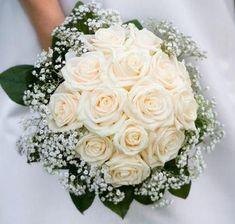 Hand Bouquet Wedding, Church Wedding Flowers, Rose Bridal Bouquet, Summer Wedding Bouquets, Summer Wedding Colors, Bride Bouquets, Bridal Flowers, Floral Wedding, Flower Bouquets