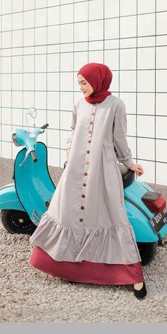 Hijab Outfit, Dress Outfits, Hijab Niqab, Abaya Fashion, Fashion Dresses, I Dress, Shirt Dress, Blouse Batik, Hijab Trends