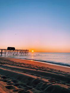 Beach Aesthetic, Summer Aesthetic, Summer Dream, Summer Beach, New Jersey Beaches, Beach Pictures, Beach Pics, Tourist Info, Peaceful Places