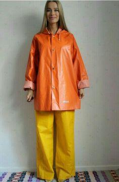 Raincoat Jacket, Pvc Raincoat, Rain Jacket, Mackintosh Raincoat, Plastic Aprons, Vinyl Clothing, Rubber Raincoats, Rain Suit, Rain Gear