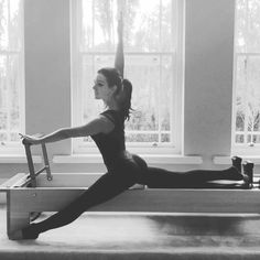 Getting deeper into the #hipflexor stretch by lifting #arm #chest and #abdominals away from the #hip feels so good, straighten out front leg for an added #hamstringstretch, push the hip your stretching forward as you push the #reformer back #Pilates #pilatesreformer I used one red spring ❤️
