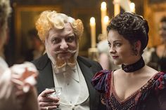 """""""Never underestimate a queen with beautiful hair."""" Still of Simon Russell Beale and Sarah Greene in Penny Dreadful - IMDb Penny Dreadful Season 2, Penny Dreadful Tv Series, Hecate Poole, Simon Russell Beale, Penny Dreadfull, Vanessa Ives, Sarah Greene, Steampunk, Victorian London"""
