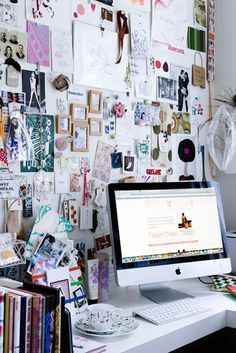 Creative Home, Office, Inspiration, Boards, and Desk image ideas & inspiration on Designspiration Home Office Inspiration, Inspiration Boards, Room Inspiration, Workspace Inspiration, Office Ideas, Office Inspo, Moodboard Inspiration, Office Designs, Board Ideas