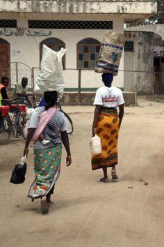 Malindi. Women at work