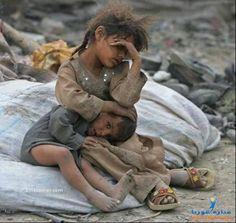 Para essas crianças, o que vale mais: um smartphone de última geração, ou... 1 kg de arroz??!!