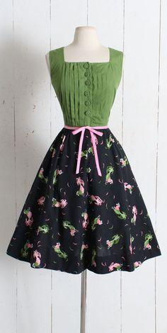 Vintage 1950s Dress vintage 50s rooster novelty print dress Vintage 1950s  Dresses, Vintage Tops, 8a5460b3da