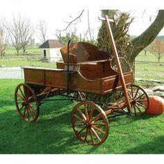 Amish Old Fashioned Buckboard Wagon - Jumbo Rustic - Modern Design Mobiles, Horse Drawn Wagon, Horse Wagon, Wooden Wagon, Wooden Wheelbarrow, Horse Cart, Old Wagons, Bed Liner, Covered Wagon