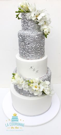 Wedding cake silver and flowers