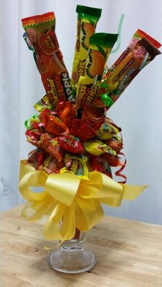 Mexican candy sundae bouquet Mexican Candy Table, Mexican Party, Chocolate Bouquet, Candy Bouquet, Fiesta Party, Christmas Settings, Party Ideas, Gift Ideas, Candy Gifts