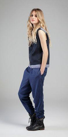 Colete - Indigo Arese Grey 9,5 oz e Linen Slub Coating /// Calça - Breeze e Renda Nostagie Brushed #movimentosilencioso #remix #sportwear #colete #jeans #jogger #renda #streetwear