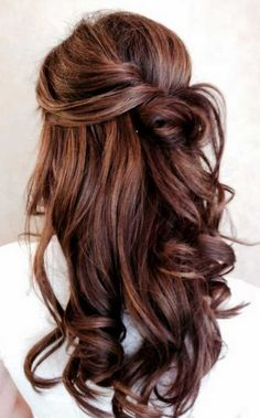 Hazelnut brown Related posts: Ash Toned Blonde Balayage For A Gorgeous Hair Transformation – braids + short hair cut Long Wavy Blonde Shag With Bangs 67 Beautiful Hair Color Ideas – The Best Exuding Highlights … Elegant Wedding Hair, Trendy Wedding, Wedding Ideas, Perfect Wedding, Elegant Updo, Brown Wedding Hair, Loose Curls Wedding, Wedding Parties, Summer Wedding
