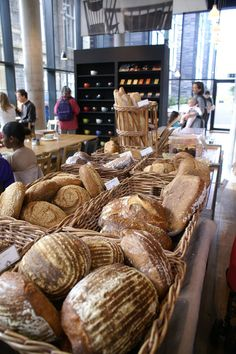 Retail VM | Bread Display | Supermarket Design | bread display