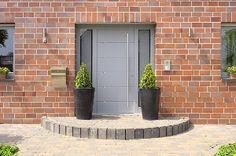 Homeplaza - Luxuriöser Eingangsbereich - Swarovski Kristallglassteine im Türblatt