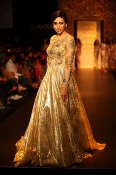 """Lakmé Fashion Week – """"Wear Nothing But Gold"""" collection by VikramPhadnis LFW WF 2013"""