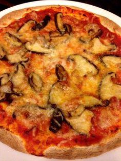 Tentem fazer isto em casa: pizza falsa de cogumelos