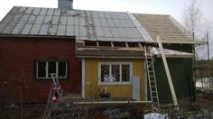 November Snow! | Vanha Talo Suomi  Roofing and siding an old Finnish home in southern Finland  Remontti Rintamiestalo Uusimaa Suomi Lohja Old Country Houses, Finland, Home Remodeling, November, Southern, Snow, Outdoor Decor, November Born, Eyes
