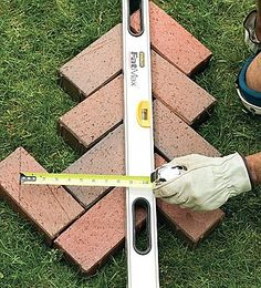 Ideas Brick Patio Front Yard Herringbone Pattern For 2019 Brick Steps, Brick Pathway, Patio Steps, Walkway, Patio Patterns Ideas, Brick Patterns, Pattern Ideas, Herringbone Brick Pattern, Recycled Brick