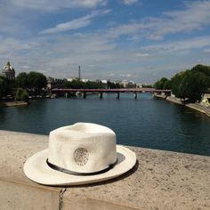 Must-have summer accessory: Plaza Athénée's hat!