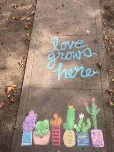 50 Super Fun Summer Sidewalk Chalk Art Ideas – This Tiny Blue House 50 Super Fun Summer Sidewalk Kreide Kunst Ideen – Dieses kleine blaue Chalk Pictures, Vsco, Chalk Wall, 3d Chalk Art, Chalk Art Quotes, Chalk Design, Sidewalk Chalk Art, Chalk It Up, Chalkboard Art