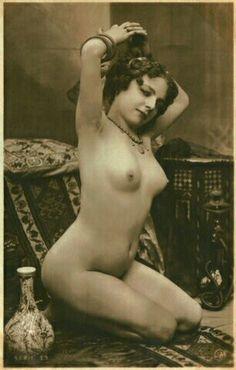Vintage postcard bowon old