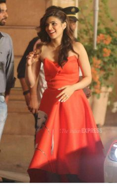 Kriti Sanon at a TV show's anniversary bash. #Bollywood #Fashion #Style #Beauty #Sexy #Hot