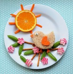 A Birdie in a Blossom Tree. This super-creative lunch idea is guaranteed to be a big hit with your kids. Food Art For Kids, Cooking With Kids, Cooking Tips, Toddler Meals, Kids Meals, Toddler Food, Food Art Lunch, Childrens Meals, Snacks Für Party