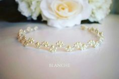 Pearls and beads tiara. www.facebook.com/blanche.ro  #Blanche #accessories #handmade #bride #bridetobe #pearls #tiara #hairaccessories #bridalaccessories #headband