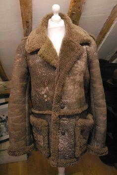 VTG Heavily Distressed Worn Men s Brown Full Sheepskin Jacket Coat 42R - Costume