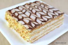 Cream Horn Molds, Cream Horns, Napoleon Dessert, Sweet Recipes, Cake Recipes, Food Cakes, Vanilla Cake, Tiramisu, Baking