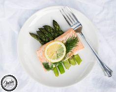 JUSIA GOTUJE Łosoś pieczony na szparagach,  Pieczony łosoś ze szparagami, pieczone szparagi, łosoś ze szparagami, asparagus salmon Asparagus, Vegetables, Tableware, Kitchen, Studs, Dinnerware, Cooking, Tablewares, Kitchens
