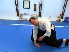 Joel Lindstrom, sensei at the HAI KI Aiki Aikido Center in Eugene, Oregon gives a brief lesson on doing an aikido roll. Shoulder rolls are a technique used t. Aikido Techniques, Self Defense Techniques, Live Life, Martial Arts, Japan, Youtube, Sports, Shoulder, Marshal Arts