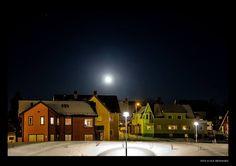 Svolvaer at night Lofoten, Earth, Mansions, Architecture, House Styles, Places, Pictures, Photography, Night