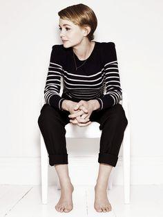 Carey Mulligan - black skinny pants & black / white striped top