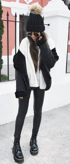 street style perfection / black hat + white sweater + jacket + leather skinnies + boots